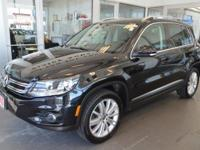 Volkswagen Tiguan 2012 4Motion Black Clean CARFAX.