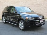 2012 VOLKSWAGEN Touareg 4 Dr. Wagon 4dr VR6 Sport Our