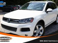 1 OWNER - NAVIGATION SYSTEM - HEATED FRONT SEATS -