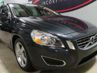 CARFAX One-Owner. **MOONROOF/SUNROOF**, LEATHER, LOCAL