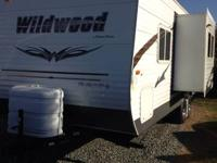 Hi I am selling my 2012 tow behind Wildwood Camp