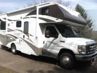 2012 Winnebago Access 24. A beautiful 2012 Winnebago