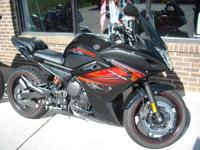 2012 Yamaha FZ6R EXTREMELY LOW MILES !!!! SERIOUS