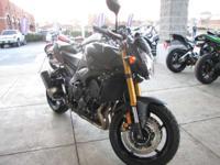 Bikes Sport 1298 PSN. And at 800 cc it splits the