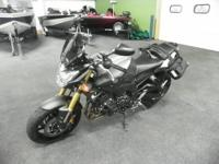 SUPER CLEAN 2012 YAMAHA FZ8 WITH ONLY 4633 MILES!