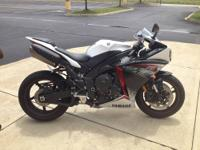 2012 Yamaha R1 - Street Bike! - Only 1800 Miles -