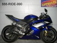 2012 Yamaha R6. Clean, fast and sharp. With just 8100
