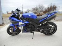 2012 Yamaha YZF-R1 Very clean R1! Never been down!