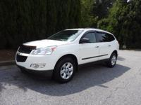 We are excited to offer this 2012 Chevrolet Traverse.