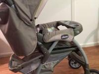 WOW! Must see!! Nearly new (2012) baby stroller by