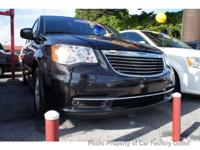 This 2012 Chrysler Town & Country 4dr 4dr Wgn Touring