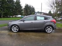 Look at this 2012 FORD FOCUS TITANIUM. It has a 4AT