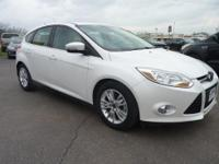 2012 FORD FOCUS SEL WITH ALL AVAILABLE OPTIONS! LOCAL