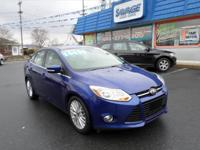 Beautiful 2012 Ford Focus SEL with leather, sunroof,