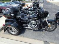 2012 Harley-Davidson Tri Glide Ultra Classic LOW MILES