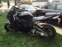 2012 Honda CBR600RR, no ABS, bike for sale. In perfect