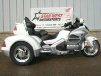 2012 Honda Gold Wing Navi XM (GL18HPNM) LEVEL II WITH