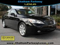 New Arrival! LEATHER SEATS, SUNROOF / MOONROOF, 6