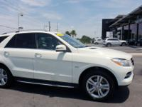 LOW MILES - 44,915! ML 350 trim. Moonroof, Heated