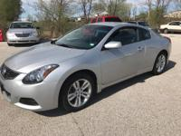 Check out this gently-used 2012 Nissan Altima we