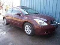2012 NISSAN ALTIMA SL WITH ONLY 12K MILES! 1 OWNER