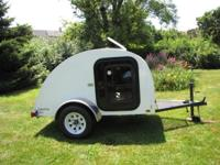 2012 Little Guy Joey teardrop trailer. 4'x7'x5 . Great