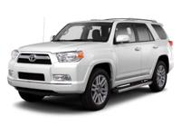 4X4 SR5 PREMIUM, LEATHER INTERIOR, NAVIGATION, MOON