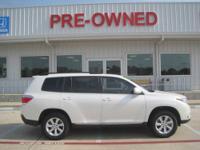 2012 TOYOTA HIGHLANDER WAGON 4 DOOR Our Location is: