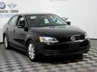 This 2012 Volkswagen Jetta Sedan SE PZEV is proudly