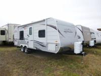 for sale is a 2013 22FB jayco jayflight  has R-19