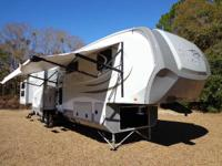 2013  40 FT OPEN RANGE / FIVE SLIDE / QUAD BUNK HOUSE
