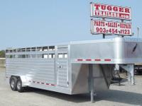 Featherlite Livestock Trailer 24 Features: Model