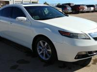 MOONROOF! LEATHER! HEATED FRONT SEATS! PERFECT CARFAX!