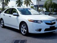 Options:  2013 Acura Tsx|Bellanova White