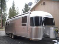 2013 Airstream Flying Cloud Travel Trailer. Length 27
