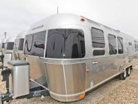 2013 Airstream International 30W Dual Recliners 92367.