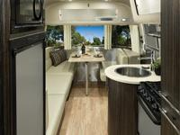 2013 Airstream International Signature. 2013 Airstream