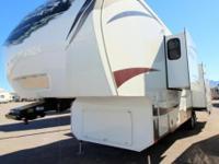 (915) 247-0901 ext.336 Used 2013 Keystone Alpine 3720