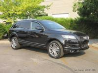 2013 Q7 9-passenger sport utility in black with black