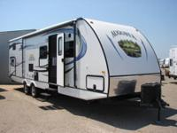 YEAR: 2013 MAKE: Augusta RV MODEL: 31 DBK WEIGHT: 6,915