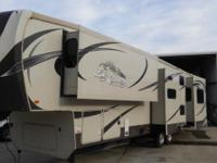 2013 BIG COUNTRY BY HEARTLAND REAR ENTERTAINMENT FIFTH