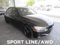 ACCIDENT FREE AUTO CHECK, LEATHER, MOONROOF, AWD,