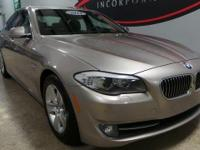 New Price! CARFAX One-Owner. **MOONROOF/SUNROOF**,