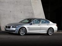 Familiarize yourself with the 2013 BMW 528i xDrive!