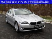 ***2013 BMW 528i xDRIVE AWD SEDAN***  BMW CERTIFIED