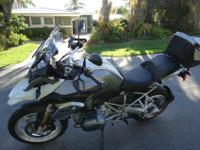 2013 BMW R1200GS This bike is Loaded with Factory