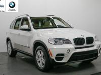 Alpine White exterior and Beige interior, xDrive35i