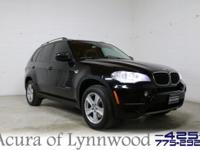 2013 BMW X5 xDrive 35i. Navigation, Heated seats,