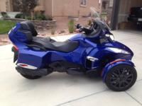 2013 Can Am Spyder RT-SE5. 2013 Spyder in remarkable