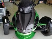 2013 Can-am Spyder RSS SE5 (semi auto) Green (less then